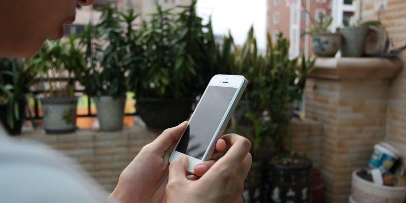 iphone-666894_1280(1)
